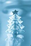 Arbre de Noël blanc décoratif images stock