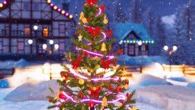 Arbre de Noël décoré à la fin neigeuse de nuit  illustration stock