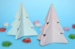 Arbre de Noël d'origami, pliage de papier image libre de droits
