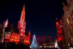 Arbre de Noël dans la place grande, Bruxelles Photos stock