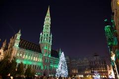 Arbre de Noël dans la place grande, Bruxelles Images libres de droits