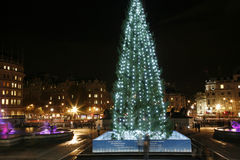 Arbre de Noël dans le grand dos de Trafalgar Photo libre de droits