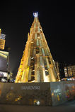 Arbre de Noël de Swarovski la nuit Photos stock