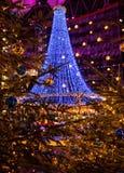 Arbre de Noël des lumières Photographie stock
