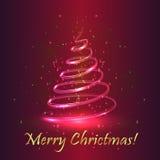 Arbre de Noël magique Fond pourpre Images stock