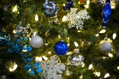 Arbre de Noël ornemental Images libres de droits