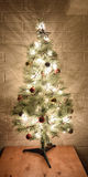 Arbre de Noël rayonnant Photos stock