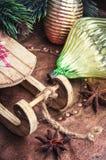 Arbre de sapin de Noël avec la rétro décoration Photo libre de droits