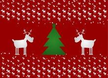 Arbre drôle de cerfs communs de Cristmas et de Cristmas Fond rouge avec la neige illustration stock