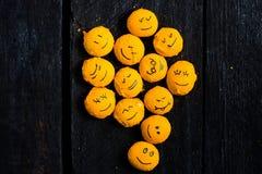 Arbre jaune de sourire Images libres de droits