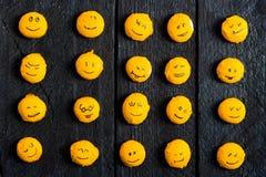 Arbre jaune de sourire Photo libre de droits