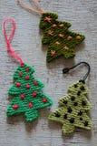 Arbre tricoté de Noël, arbres de Noël Images libres de droits