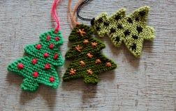 Arbre tricoté de Noël, arbres de Noël Photo stock
