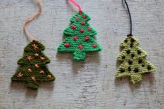 Arbre tricoté de Noël, arbres de Noël Image stock