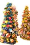 Arbres de Noël artificiels décorés de Images stock
