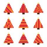 Arbres de Noël rouges réglés de pixel dans le vecteur illustration libre de droits