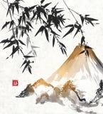 Arbres et montagne en bambou de Fuji Photographie stock libre de droits
