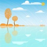 Arbres et nuages d'automne Image stock