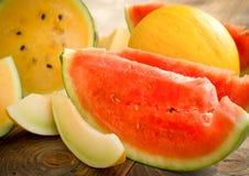 Arbuz, kantalup - melon, cukierki, soczysta owoc Zdjęcie Stock