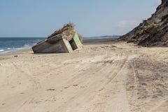 Arcón alemana de la Segunda Guerra Mundial, playa de Skiveren, Dinamarca imagen de archivo