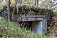 Arcón demolida en Europa Central Hormigón reforzado viejo para imagenes de archivo
