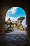 Arc dans la vieille forteresse photographie stock libre de droits