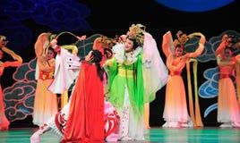 Arc de Hou YI tirant le manteau de soleil-Jiangxi OperaBlue Photos stock