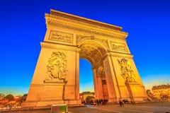 Arc de Triomphe μπλε ώρα Στοκ εικόνα με δικαίωμα ελεύθερης χρήσης