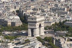 Arc de Triomphe που κοιτάζει από τον πύργο του Άιφελ Στοκ εικόνα με δικαίωμα ελεύθερης χρήσης
