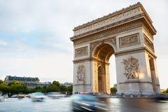 Arc de Triomphe, πρωί στο Παρίσι Στοκ Εικόνες