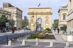 Arc de Triomphe στο Μονπελιέ, που χρονολογεί από το 1692, με το surroun Στοκ Εικόνες