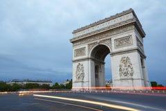 Arc de Triomphe στο Παρίσι το βράδυ Στοκ Φωτογραφίες