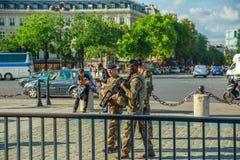 Arc de Triomphe στρατιώτες Στοκ εικόνα με δικαίωμα ελεύθερης χρήσης