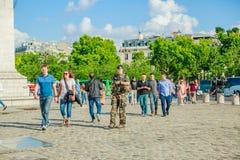 Arc de Triomphe στρατιώτης Στοκ φωτογραφίες με δικαίωμα ελεύθερης χρήσης