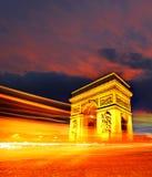 Arc de Triomphe τη νύχτα στο Παρίσι, Γαλλία Στοκ Φωτογραφίες