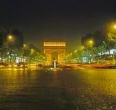 Arc de Triomphe τη νύχτα στο Παρίσι Στοκ Φωτογραφία
