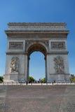 Arc de Triomphe célèbre à Paris, France Photographie stock libre de droits
