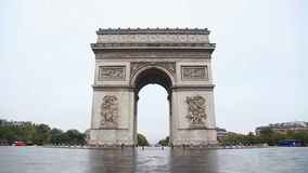 Arc de Triomphe de l'Etoile (The Triumphal Arch) in Paris stock video