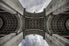 Arc de Triomphe de l& x27; Toile Ã-‰, Paris, Frankrike Royaltyfria Foton