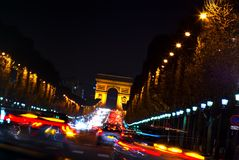 Arc de Triomphe et champions Elysees, Paris, France Image stock