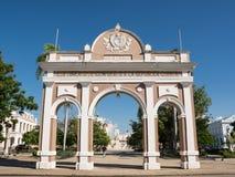 Arc de Triomphe i fyrkanten av Cienfuegos arkivbild