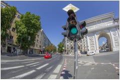 Arc de Triomphe i Skopje, Makedonien fotografering för bildbyråer