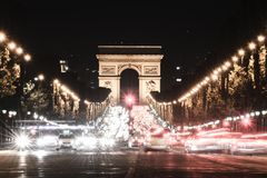 Arc de Triomphe na noite Fotos de Stock Royalty Free