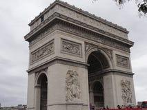 Arc de Triomphe op de Plaats DE l ` Ã ‰ toile - Gezien van een afstand - Frankrijk Royalty-vrije Stock Afbeelding