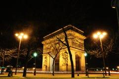 Arc de Triomphe på natten, Paris, Frankrike Arkivbilder