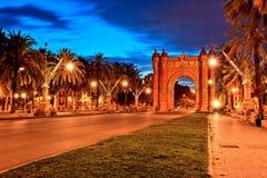 Arc de Triomphe in Parc DE La Ciutadella bij schemer, Barcelona Stock Foto
