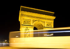 The arc de triomphe in paris, france. At night Royalty Free Stock Images