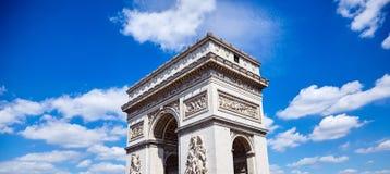 Arc de Triomphe triumf- båge i Champs-Elysees, Paris, franc arkivfoto