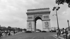 Arc de Triomphe, um dos monumentos os mais famosos em Paris Fotos de Stock