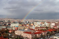 Arc-en-ciel au-dessus d'Ankara Photos stock
